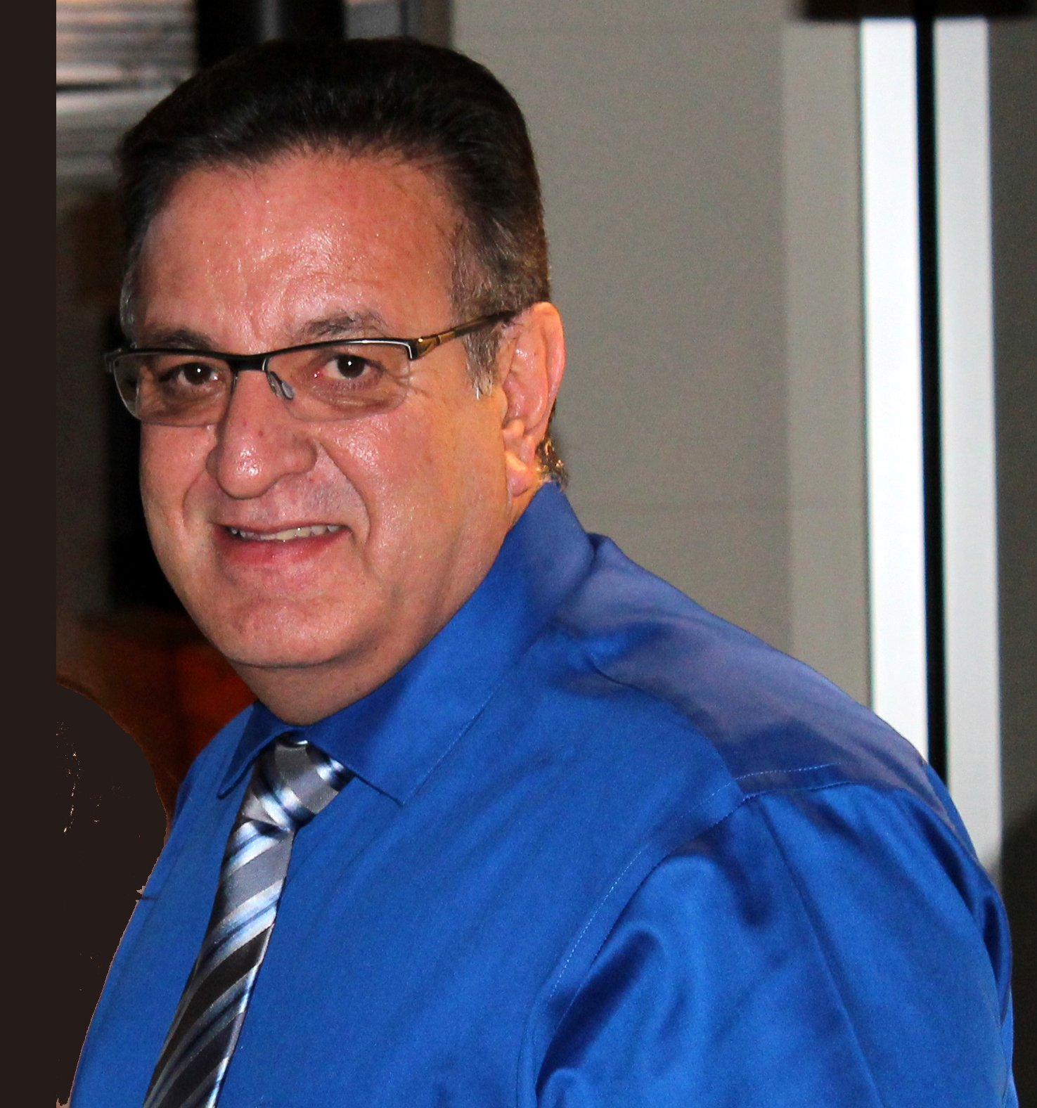 José R. Hernández